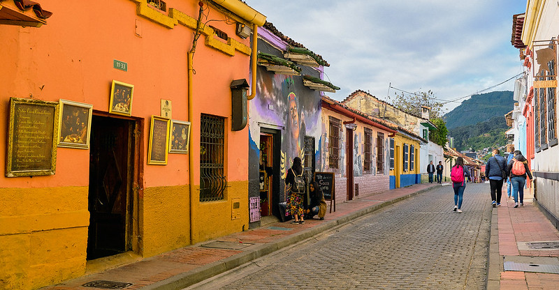 Colombia currency, the most devalued in Latin America. Photo: Pedro Szekely via Flickr