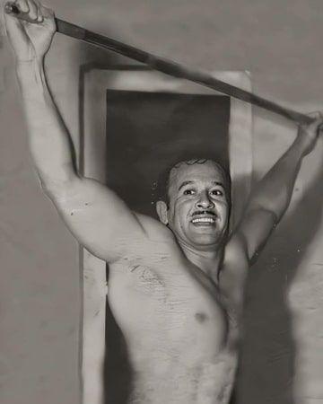 Pedro Infante liked athletics.