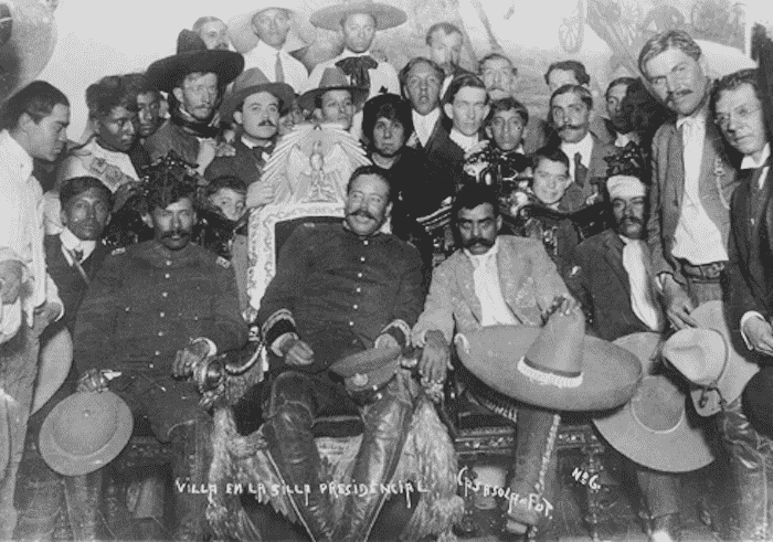The arrival of Generals Zapata and Villa at the National Palace.