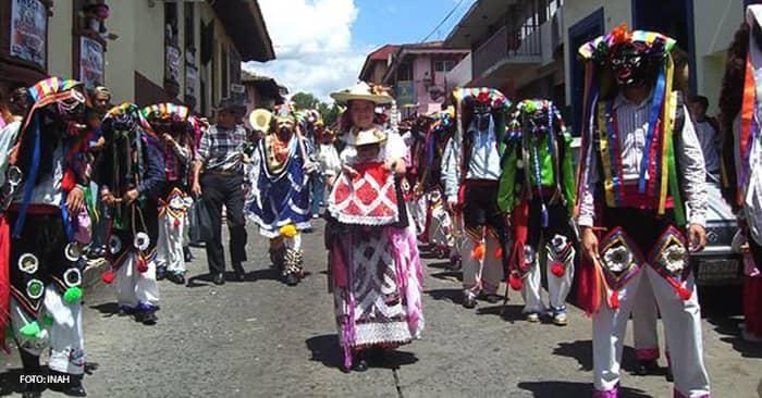 New Fire Ceremony (Kurhikuaeri K-uinchekua). Purepecha community.
