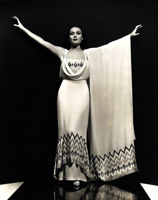 Mexican diva Dolores del Rio