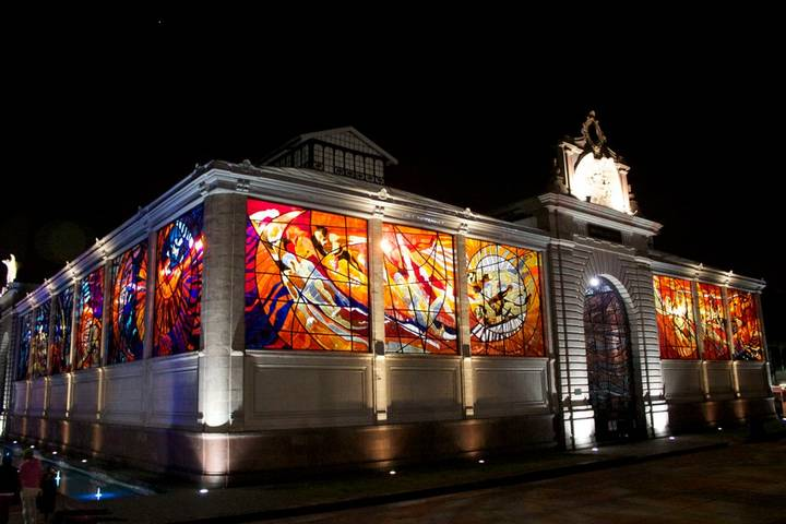 This beautiful stained glass window is located in a place of more than 3,500 meters.